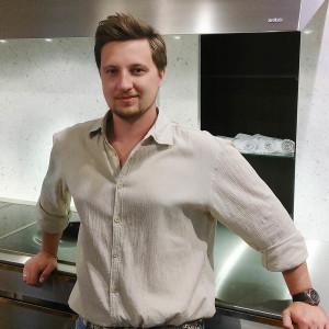 Антон Торопов, директор салона «Decoroom»